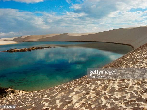 lagoa azul - lençois maranhences - maranhao state stock pictures, royalty-free photos & images