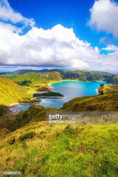 lagoa de fogo - azores fotografías e imágenes de stock