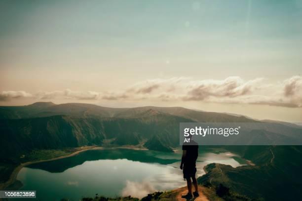 lagoa do fogo, são miguel ilha, açores, portugal - azores fotografías e imágenes de stock