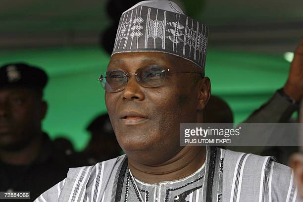 A file photo taken 20 December 2006 shows Nigerian Vice President Atiku Abubakar looking at the crowd in Tafawa Balewa Square in Lagos where he came...