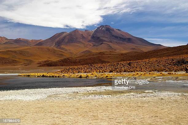 laguna cañapa and cerro callejon - callejon stock pictures, royalty-free photos & images