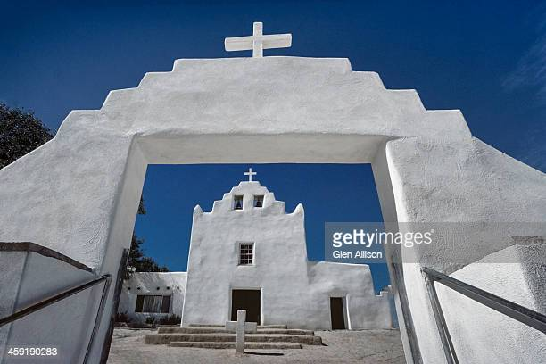 laguna pueblo, white church - pueblo built structure stock photos and pictures