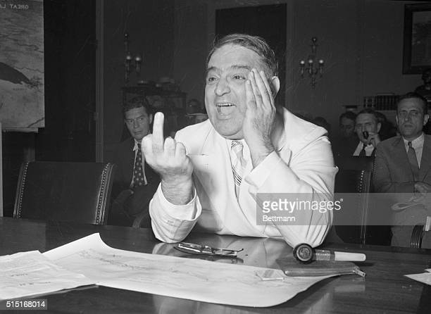 LaGurdia Supports St. Lawrence Seaway Plan. Washington, D.C.: Mayor Fiorello LaGuardia of New York, testifying before members of the House Rivers and...