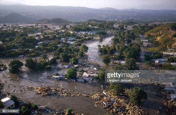 Lahar from the erupting Nevado del Ruiz volcano wiped out nearly everything in its path as it flowed into a valley in Colombia. The 1985 eruption...