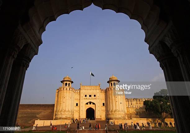 lahore fort - パキスタン ラホール市 ストックフォトと画像
