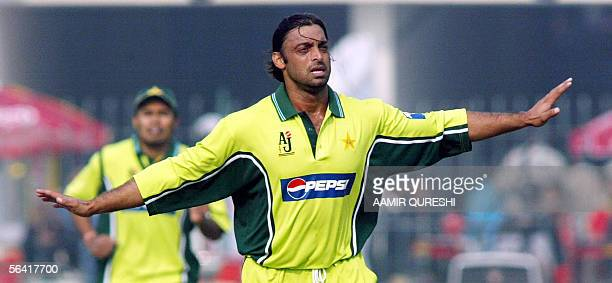 Pakistani pacer Shoaib Akhtar celebrates after he dismissed England batsman Ian Blackwell for 10 runs during their second One Day International match...