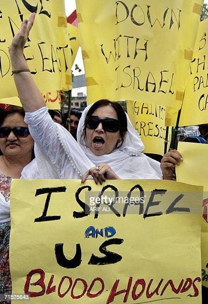Pakistani protesters carry placards and chant antiUS and Israeli slogans during a demonstration against the Israeli assault on Lebanon in Lahore 27...