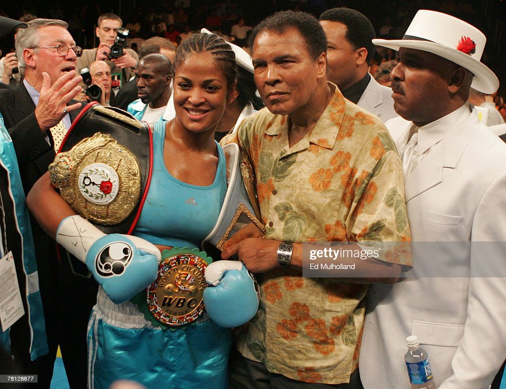 WBC/WIBA Super Middleweight Title - Laila Ali vs Erin Toughill - June 11, 2005 : News Photo