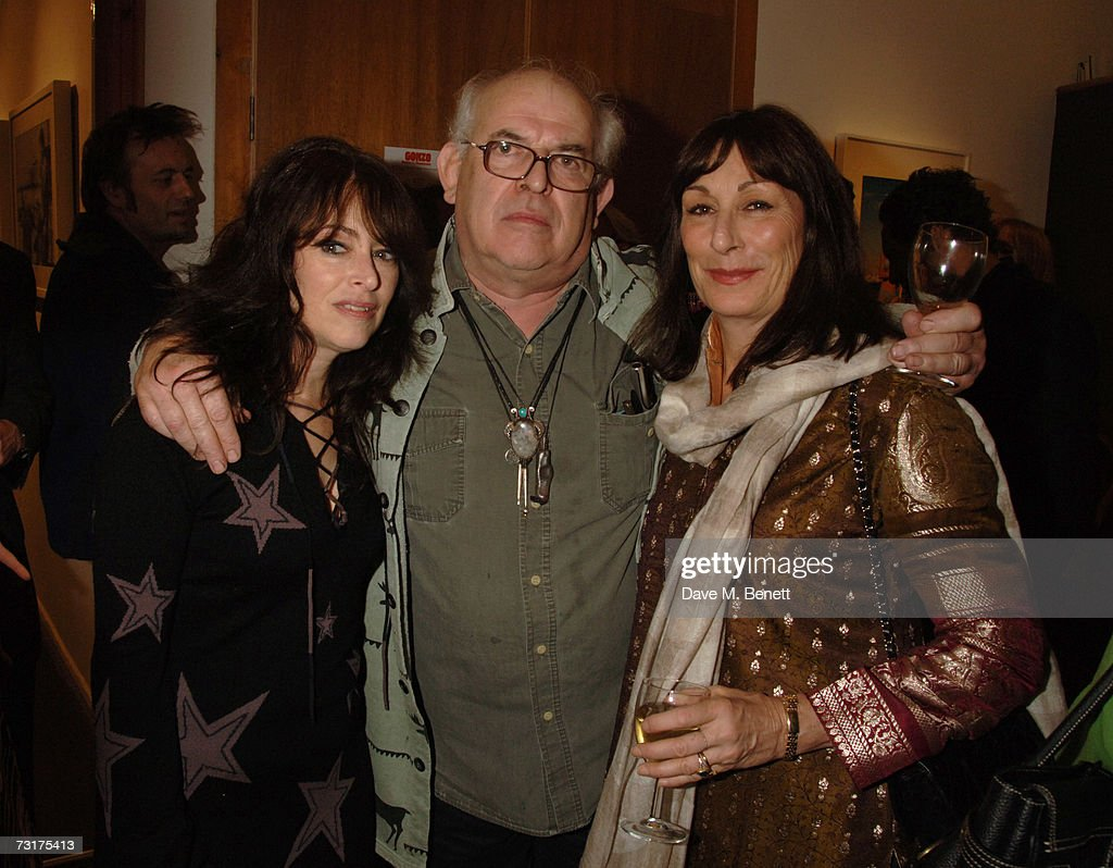 Laila Nabulsi, Ralph Steadman and Anjelica Huston attend the private view of 'Hunter S Thompson: Gonzo' at the Michael Hoppen Gallery February 1, 2007 in London, England.
