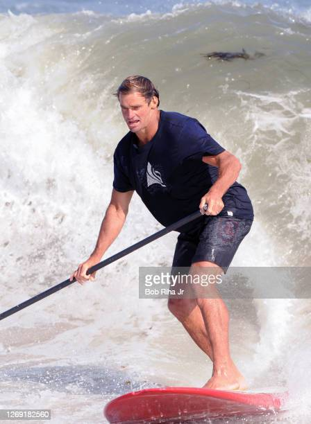 Laird Hamilton - one of the best surfers in the world is introducing the world to Stand Up Paddling -- a variant of surfing, where you stand on a big...
