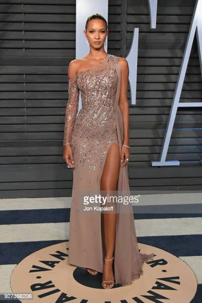 Lais Ribeiro attends the 2018 Vanity Fair Oscar Party hosted by Radhika Jones at Wallis Annenberg Center for the Performing Arts on March 4 2018 in...