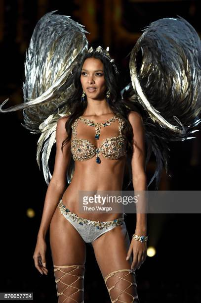Lais Ribeiro walks the runway during the 2017 Victoria's Secret Fashion Show In Shanghai at MercedesBenz Arena on November 20 2017 in Shanghai China