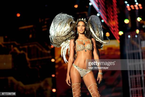 Lais Ribeiro walks the runway in the Fantasy Bra during the 2017 Victoria's Secret Fashion Show in Shanghai at MercedesBenz Arena on November 20 2017...
