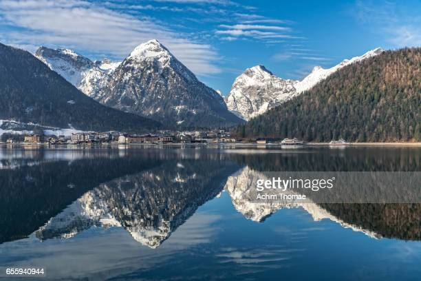 lake achensee, tyrol, austria, europe - spiegelung stock pictures, royalty-free photos & images