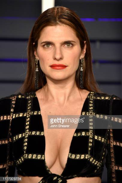 Lake Bell attends the 2019 Vanity Fair Oscar Party hosted by Radhika Jones at Wallis Annenberg Center for the Performing Arts on February 24, 2019 in...