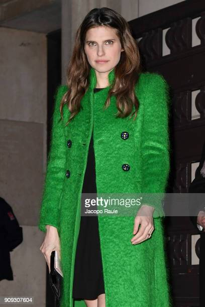Lake Bell is seen arriving at Armani Prive Fashion show during Paris Fashion Week Haute Couture Spring/Summer 2018 on January 23 2018 in Paris France
