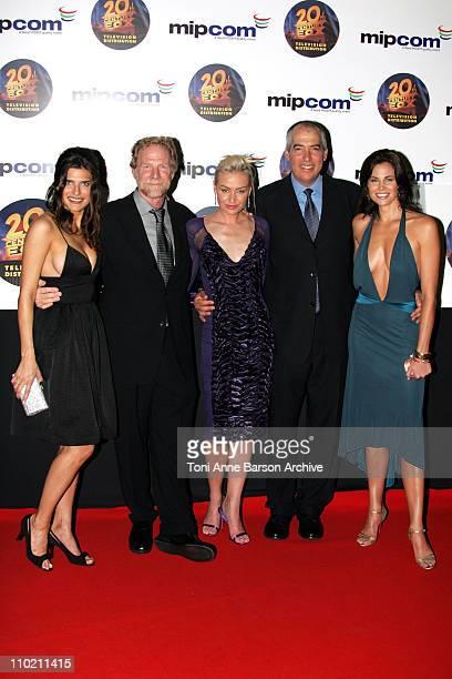 Lake Bell, Mark Kaner, President 20th Century Fox Television Distribution, Portia de Rossi, Gary Newman, President 20th Century Fox Television...
