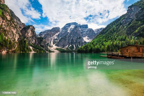 lake braies / pragsersee in south tirol - pragser wildsee stock pictures, royalty-free photos & images