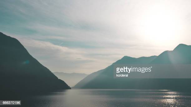 lake como, lombardy italy - lake como stock pictures, royalty-free photos & images