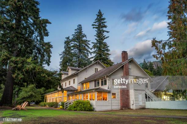 lake crescent lodge in olympic national park washington usa - olympic park stock pictures, royalty-free photos & images