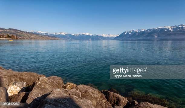 lake geneva - meer van genève stockfoto's en -beelden