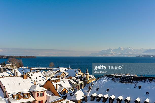 lake geneva seen from nyon in wintertime - kanton waadt stock-fotos und bilder