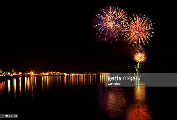 lake george fireworks - lake george new york stock pictures, royalty-free photos & images
