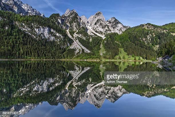 lake gosausee austria - achim thomae stock-fotos und bilder