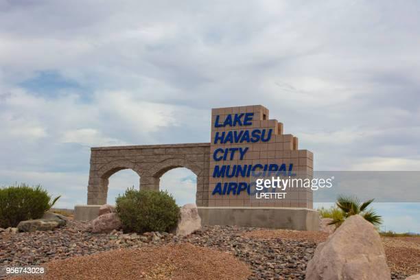 lake havasu city municipal airport - london bridge arizona stock pictures, royalty-free photos & images