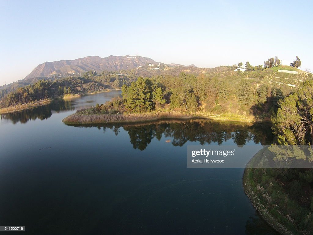 Lake Hollywood and Sign : Bildbanksbilder