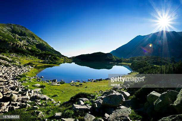 lake in pirin mountains - pirin mountains stock pictures, royalty-free photos & images
