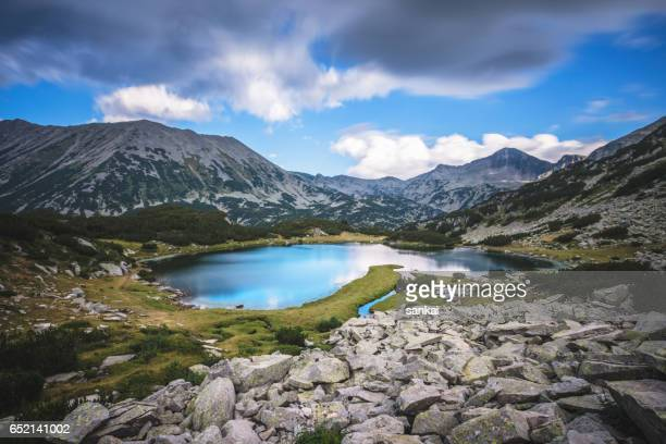 lake in pirin mountains - bulgaria stock pictures, royalty-free photos & images
