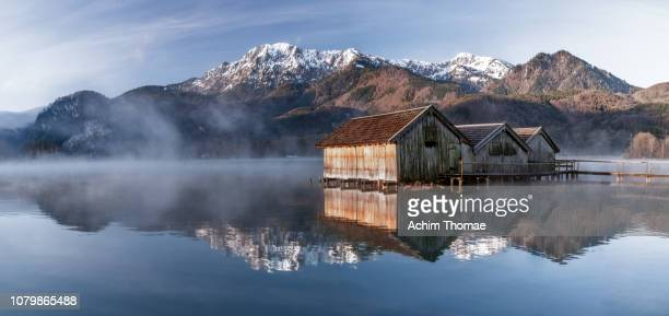 lake kochelsee, bavaria, germany, europe - oberbayern stock-fotos und bilder