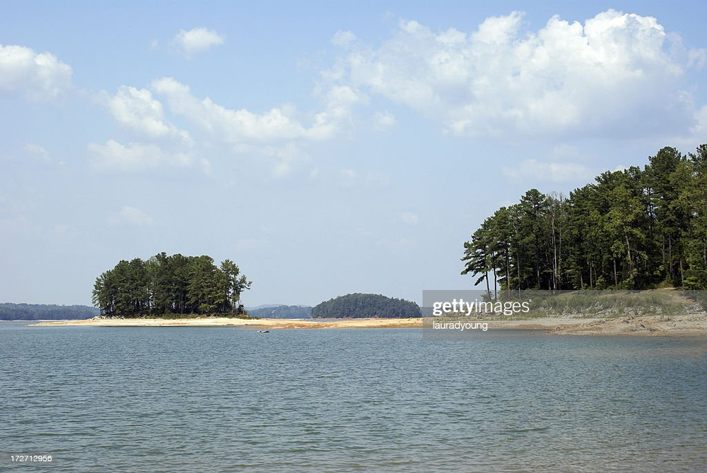 Lake Lanier Islands In North Georgia Stock Photo - Getty Images