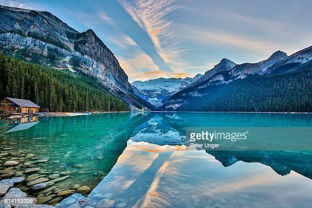 lake louise,banff national park,alberta - lake louise lake stock pictures, royalty-free photos & images