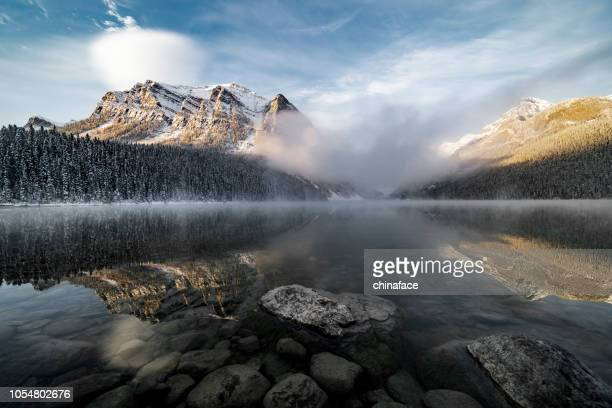 lake louise,winter view - horizontal stock pictures, royalty-free photos & images