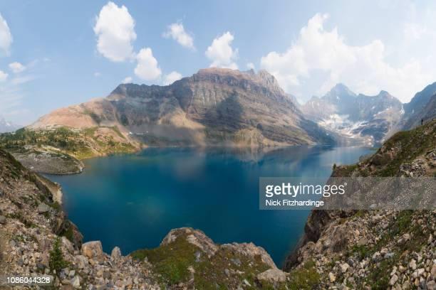 lake macarthur on a summer day, yoho national park, british columbia, canada - 氷河湖 ストックフォトと画像