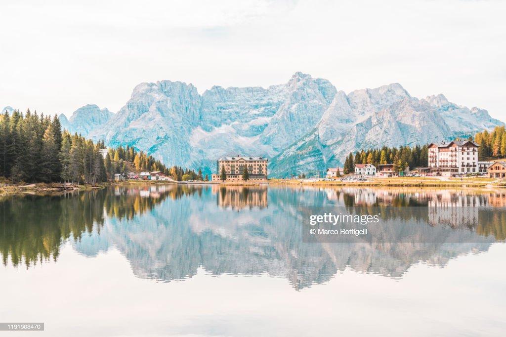 Lake Misurina, Dolomites, Italy : ストックフォト