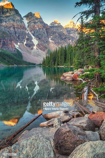 Lake Moraine sunrise