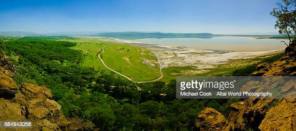 lake nakuru from baboon cliff view point - lake nakuru - fotografias e filmes do acervo
