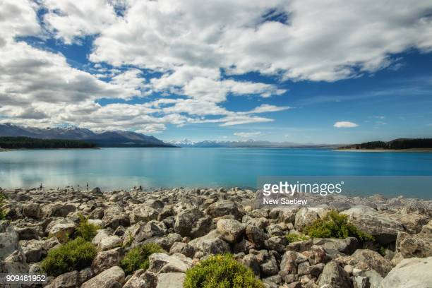 lake pukaki at south island of new zealand. - new zealand stockfoto's en -beelden
