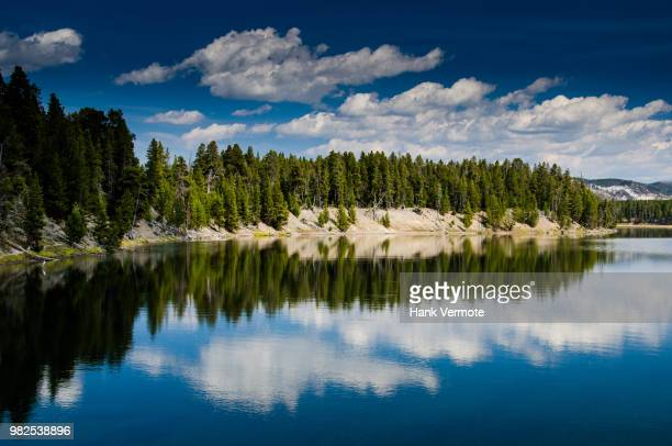 lake reflection yellowstone - hank vermote stock pictures, royalty-free photos & images