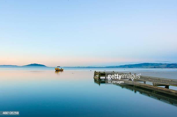 lake rotorua - rotorua stock pictures, royalty-free photos & images