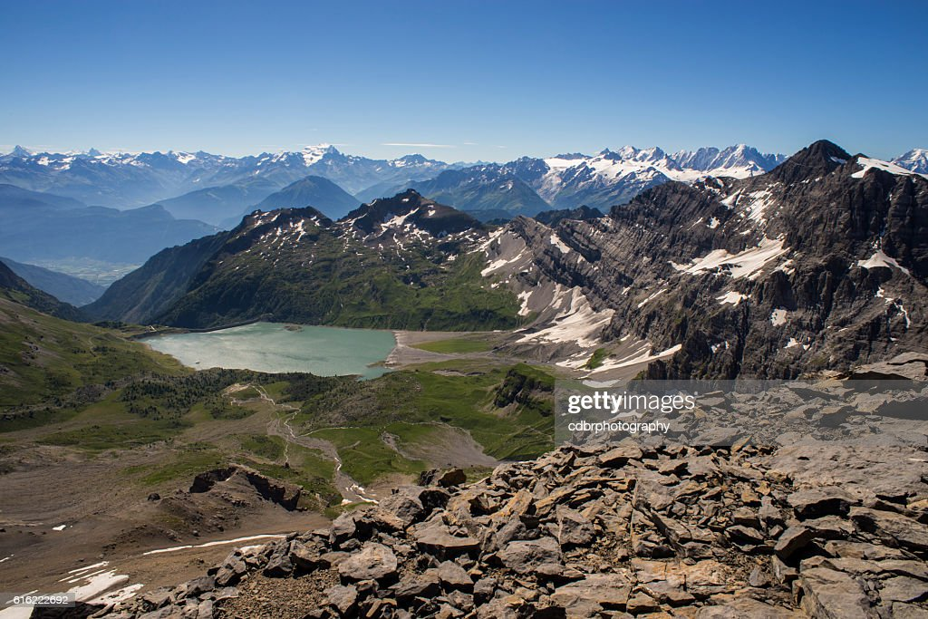 Lac de Salanfe from Haute Cime : Stockfoto