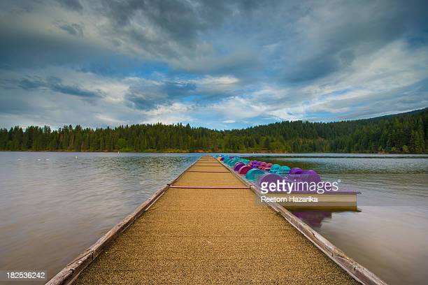 Lake Siskiyou MOUNT SHASTA CALIFORNIA LEISURE LIFESTYLE HOLIDAY BOATING CLUB SACRAMENTO RIVER PIER CLOUDS REFLECTION POSTCARD VACATION RESORT PARK...