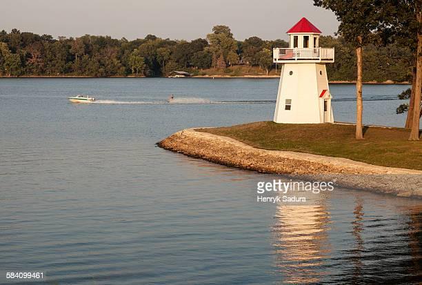 lake springfield lighthouse - スプリングフィールド ストックフォトと画像