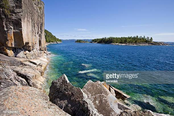 レイクスーペリア、オンタリオ州、カナダ) - 北 ストックフォトと画像