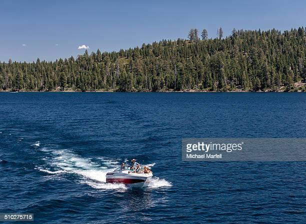 lake tahoe boating - emerald bay lake tahoe stock pictures, royalty-free photos & images