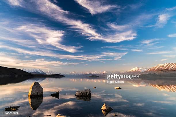 lake tekapo, canterbury, new zealand - tékapo fotografías e imágenes de stock