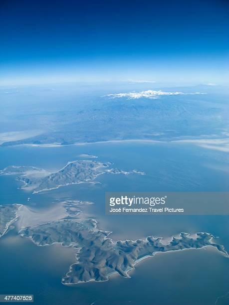 lake urmia, iran. - lake urmia foto e immagini stock